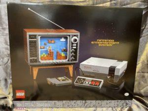 Lego e Nintendo presentano il set del NES... con Super Mario Bros. che si muove!